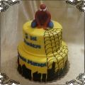 107 Tort spiderman  figurka z lukru piętrowy pajęczyna cienie wieżowców