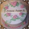 22 Tort na komunię z różyczkami z kremu Cukiernia Pod Arkadami Kraków