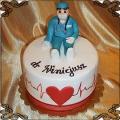 112 Tort dla lekarza z EKG i figurką doktora kardiologa  i sercem