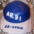 8 Tort czapeczka beisbolowa na osiemnaste urodziny