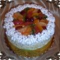 35 Tort klasyczny z owocami sezonowymi z galaretką owocową