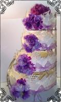 40 Tort na wesele w płatkach z białej czekolady i żywe kwiaty Torty Artystyczne Cukiernia Pod Arkadami Kraków