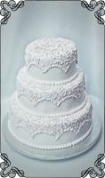 17 tort weselny klasyk biały z białymi wzorkami esy
