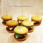 Mini hamburgery zrobine z muffinek ciastka