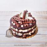 Tort czekoladowa eksplozja dla miłośnika czekolady