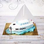 Tort w kształcie jachtu
