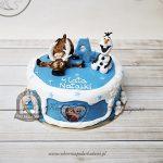 Tort Frozen Kraina Lodu z bałwanem Olafem i reniferem Svenem