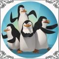 20 Opłatek na tort Pingwiny z Madagaskaru na niebieskim tle