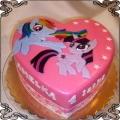 3. Tort z Kucykami  Pony na sercu Rainbow Dash i Twilight Sparkle