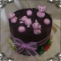 212 Tort świnki w błocie z czekolady różowe tabliczki czekolady
