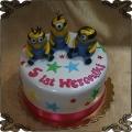 231 Tort minionki 3 figurki na 5 urodziny dziewczynki Minions cake