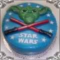19 Tort dla dziecka z mistrzem Yoda oraz miecze Cukiernia Pod Arkadami Kraków  Krakowskie Torty Artystyczne