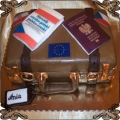 103 Tort walizka z paszportem i słownikiem dla podróżnika