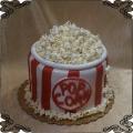 205 Tort w kształcie pudełka pop corn-u tort na film do kina