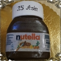 206 Tort w kształcie słoika kremu Nutella  na 25 urodziny