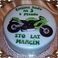 53 Tort z zielonym motorem kawasaki na trzydzieste urodziny