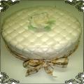23 Tort biały pikowany z róża Cukiernia Pod Arkadami Kraków