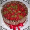 52 Tort z owocami sezonowymi i rurki waflowe Cukiernia Pod Arkadami Kraków