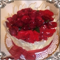 65 Tort z żywymi różami i biała czekolada Cukiernia Pod Arkadami Kraków