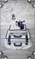 13 tort ślubny walizki figurki młoda i młody na ławeczce - siłka
