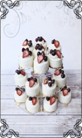 15 Mini torciki biała czekolada plus owoce sezonowy