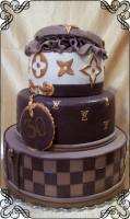 44 tort na 30 urodziny i weselny  louis vuitton cukiernia pod arkadami