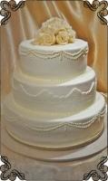 38 tort klasyczny biały z wzorkami styl angielski