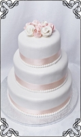 4 tort weselny biały z kwiatkami z lukru klasyk