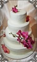 66 tort weselny biały klasyczny ze storczykiem