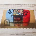 Tort w kształcie konsoli do gry z grą Super Mario blog