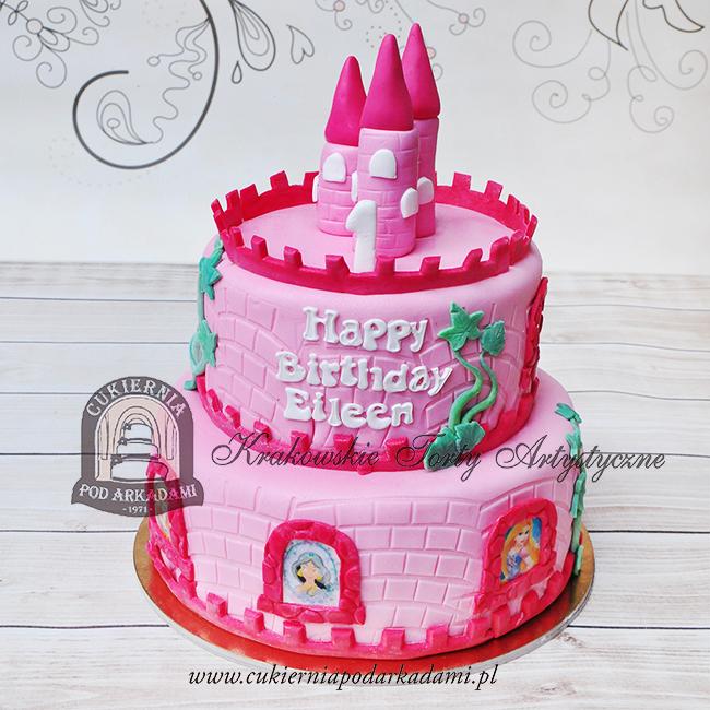 Różowy-piętrowy-tort-zamek-z-wieżami-i-księżniczkami-Disneya_blog