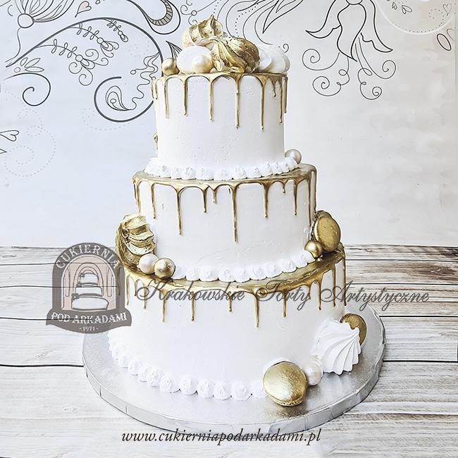 50BW Tort-weselny-glamour-piętrowy-złoty-drip-cake-z-polewą-zdobiony-złotymi-bezami-i-makaronikami