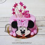 332BD Różowy-tort-z-topperami-w-formie-gwiazdek-i-myszką-Minnie-z-masy-cukrowej_blog-cukiernia-pod-arkadami